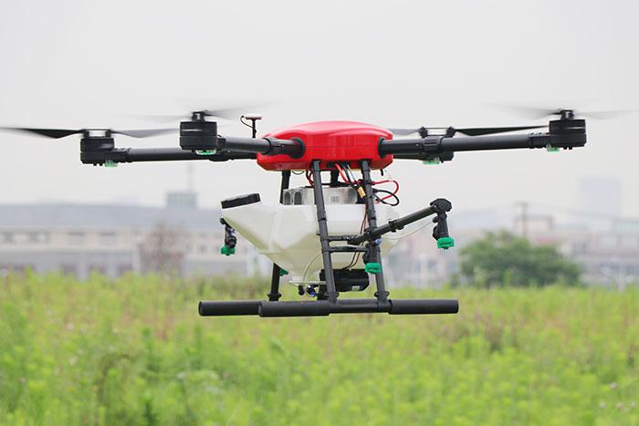 Drone pulvérisateur autonome